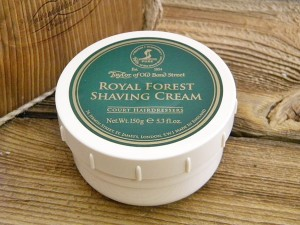 Krem do golenia w tyglu Royal Forest ,Taylor of Old Bond Street. 150 g