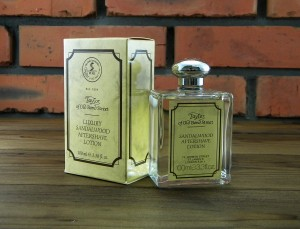 Aftershave Lotion Sandalwood, Woda po goleniu Taylor of Old Bond Street Sandalwood