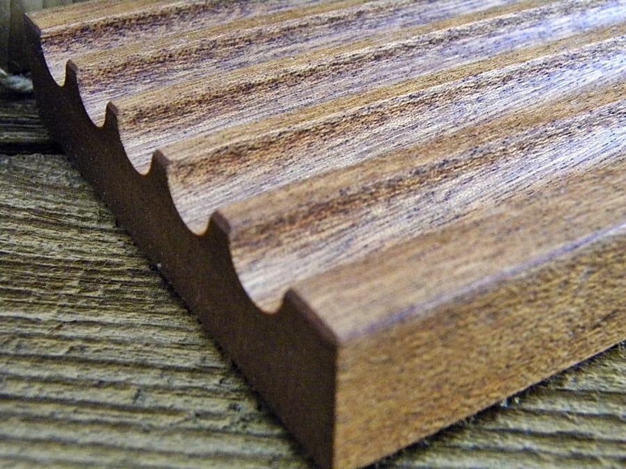 Mydelniczka drewniana- egzotyczny mahoń sapelli.